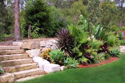 Gold coast rock walls retaining walls the rock wall for Queensland garden design